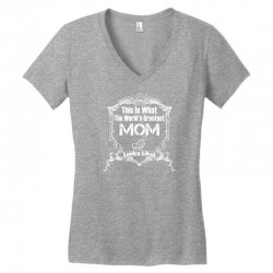 Worlds Greatest Mom Looks Like Women's V-Neck T-Shirt | Artistshot