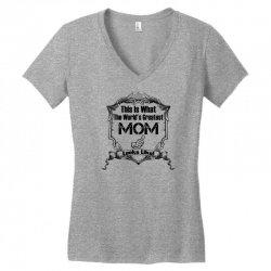 Worlds Greatest Mom Looks Like Women's V-Neck T-Shirt | Artistshot
