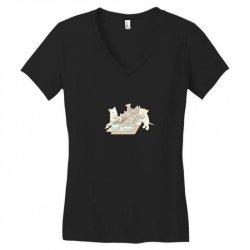 dog buffet Women's V-Neck T-Shirt | Artistshot