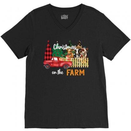 Christmas On The Farm V-neck Tee Designed By Badaudesign