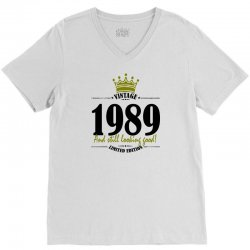 vintage 1989 and still looking good V-Neck Tee | Artistshot