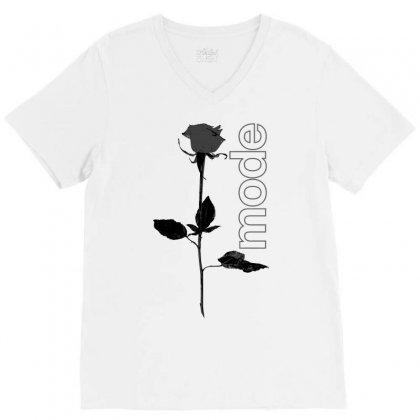 Mode Rose Black V-neck Tee Designed By Starlight