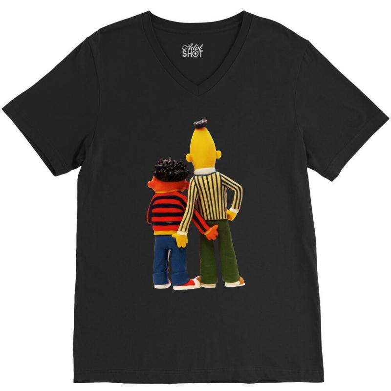 Real Love Bert And Ernie V-neck Tee | Artistshot