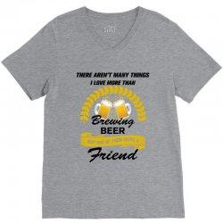 this friend loves brewing beer V-Neck Tee | Artistshot