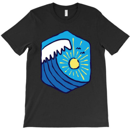 Great Wave T-shirt Designed By Quilimo