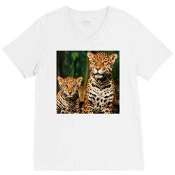 Leopard mom V-Neck Tee   Artistshot