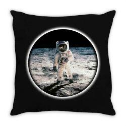 astronaut apollo Throw Pillow | Artistshot