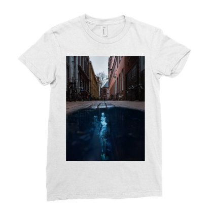 Under Water City Ladies Fitted T-shirt Designed By Keremcgrc
