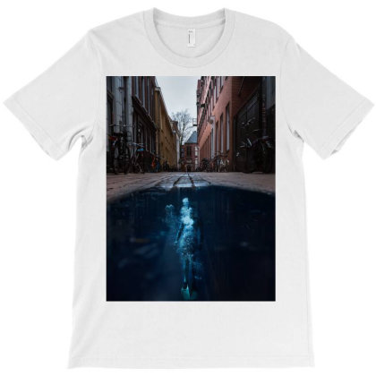 Under Water City T-shirt Designed By Keremcgrc