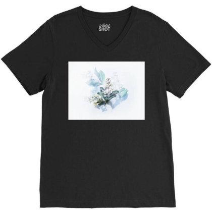 Flow,jupiter,whale, T-shirt Heart, Home T-shirt, T-shirt, V-neck Tee Designed By Murat