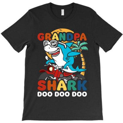 Grandpa Shark Doo Doo Doo T-shirt Designed By Honeysuckle