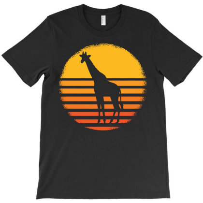Giraffe Animal African Safari Giraffes T-shirt Designed By Ismi