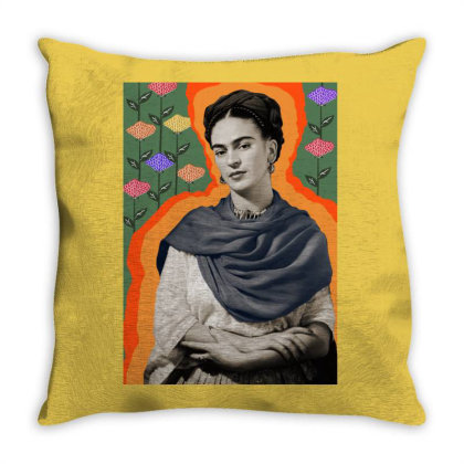 La Naturaleza Viva Throw Pillow Designed By Pedralouca