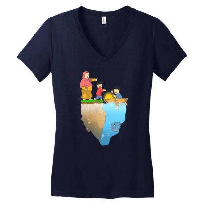 Dad Struggle Women's V-neck T-shirt Designed By Komikayat