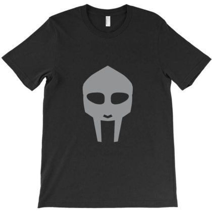 Minimalist Face Doom T-shirt Designed By Sr88