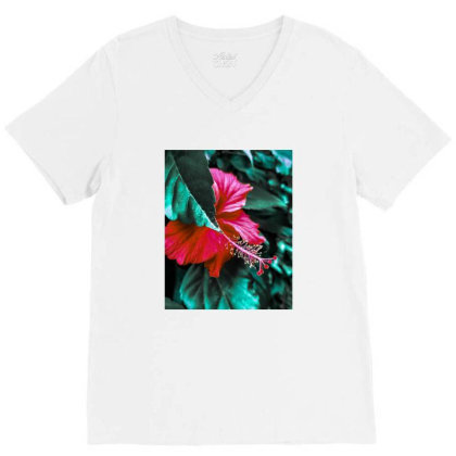 Hibiscus V-neck Tee Designed By Kaamfaaltoo