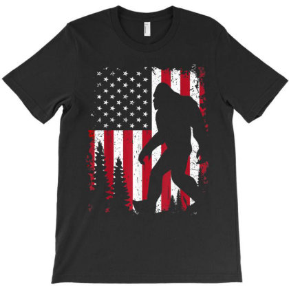Bigfoot 4th Of July American Usa Flag Patriotic T-shirt Designed By Amber Petty