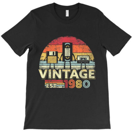 1980 Shirt. Vintage 40th Birthday Gift, Funny Music Tech T-shirt Designed By Amber Petty