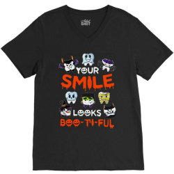 smile  boo ti ful halloween V-Neck Tee   Artistshot