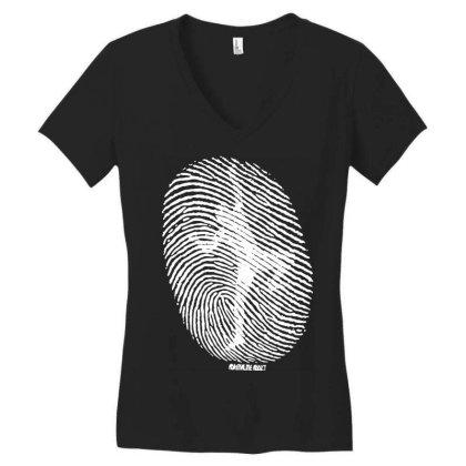 Fingerprint Climber Women's V-neck T-shirt Designed By Lyly