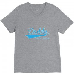 daddy since 2016 V-Neck Tee | Artistshot