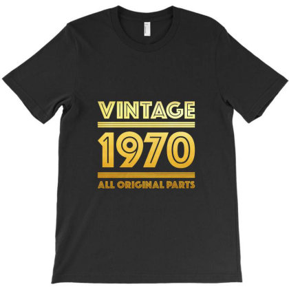 Vintage 1970 Birthday T-shirt Designed By Ahmadjufriyanto