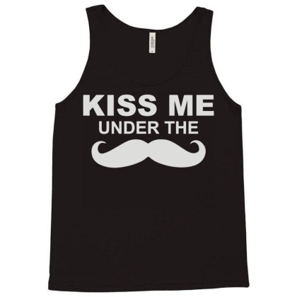 Kiss Me (2) Tank Top Designed By Fanshirt
