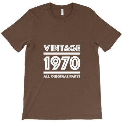 Vintage 1970 Birthday T-shirt Designed By Laravirna