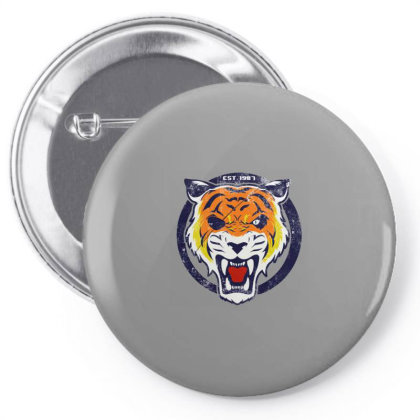 Roar Lion Pin-back Button Designed By Sari