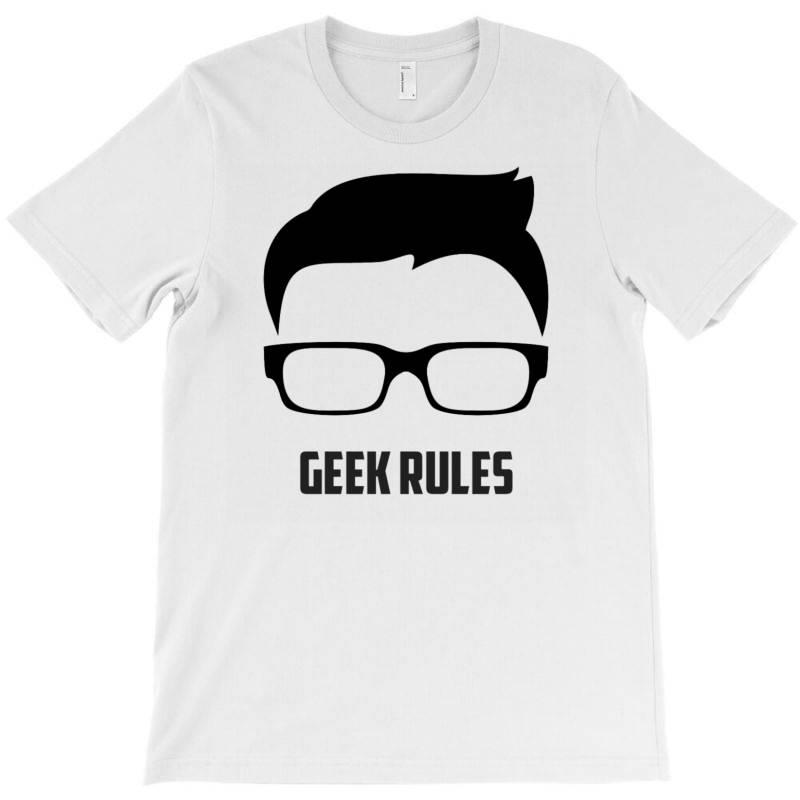 Geek Rules T-shirt | Artistshot