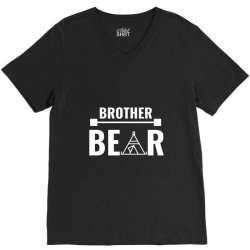 family bear pregnancy announcement brother white V-Neck Tee | Artistshot