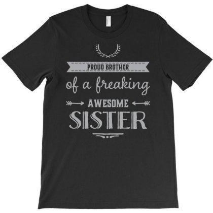 Sister Funny Text T-shirt Designed By Victor_33