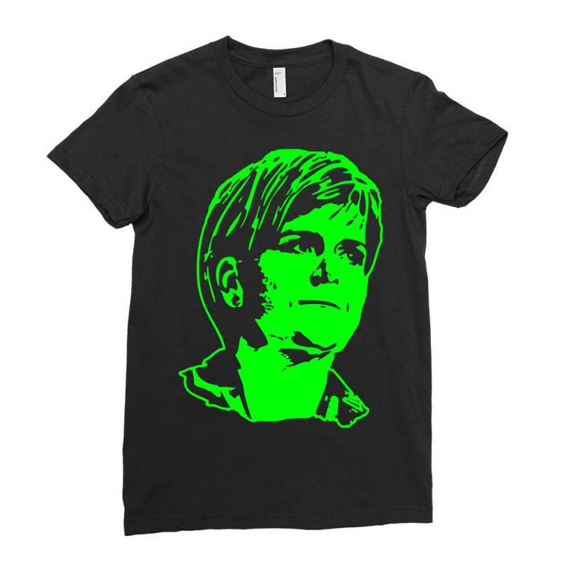 Nicola Sturgeon 2 Ladies Fitted T-shirt | Artistshot