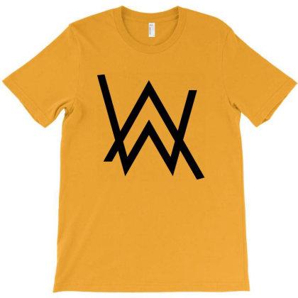 Norwegian T-shirt Designed By Naura Prisillya