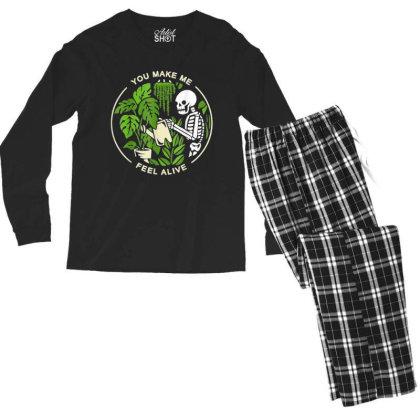 You Make Me Feel Alive - Halloween Skull Men's Long Sleeve Pajama Set Designed By Mrt90