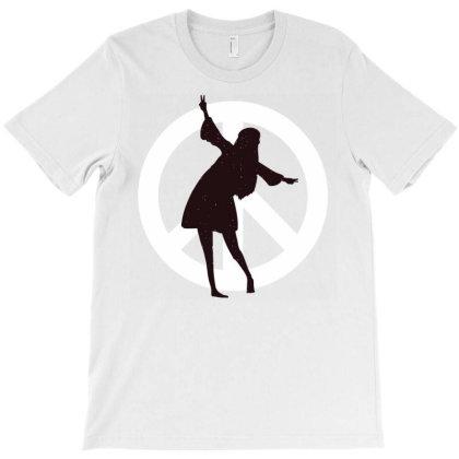 Peace Hippie T-shirt Designed By Zizahart