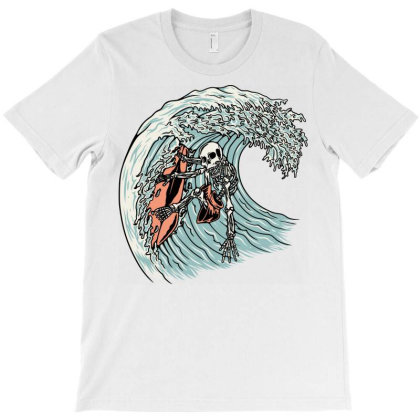Death Surfer T-shirt Designed By Quilimo