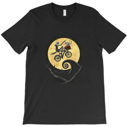 The Shadow On The Moon T-shirt Designed By Brento