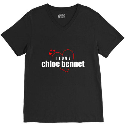I Love Chole Bennet V-neck Tee Designed By Word Power