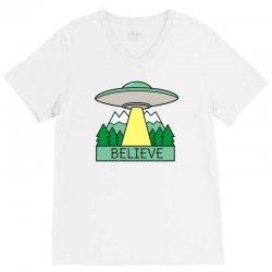 cool ufo sci fi t shirt V-Neck Tee | Artistshot