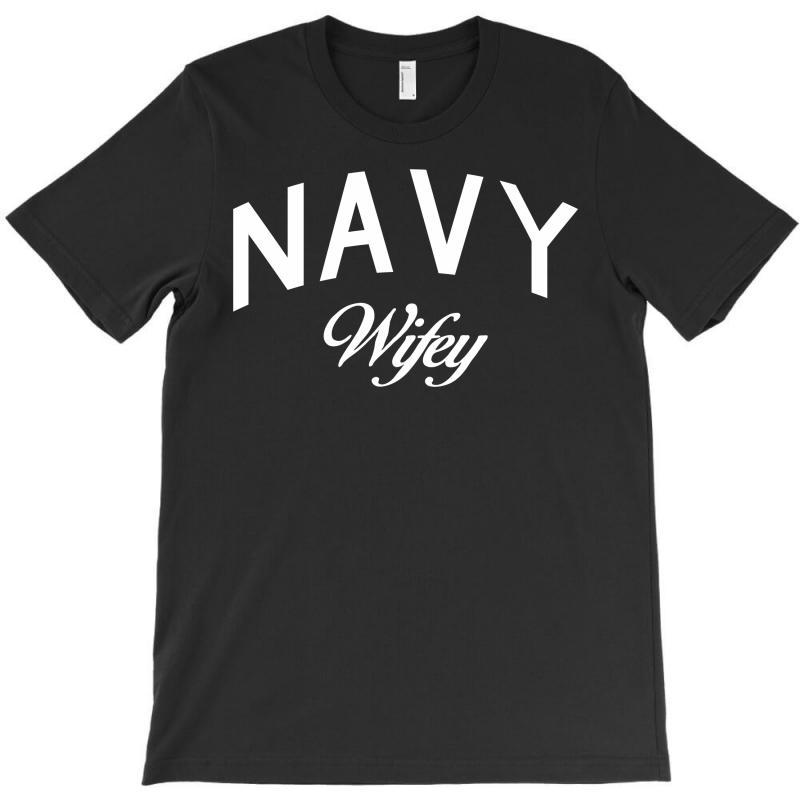 Navy Wifey W T-shirt | Artistshot