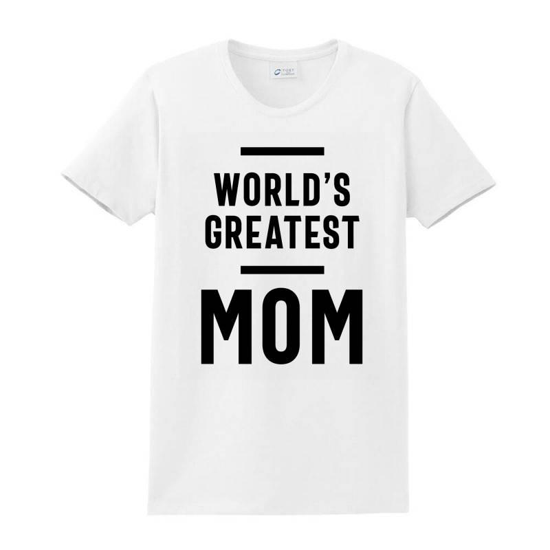 Womens World's Greatest Mom | Mom Grandma Tee Gifts Ladies Classic T-shirt | Artistshot