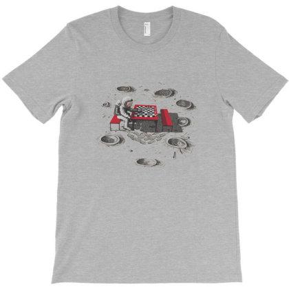Chesstronaut T-shirt Designed By Harriet