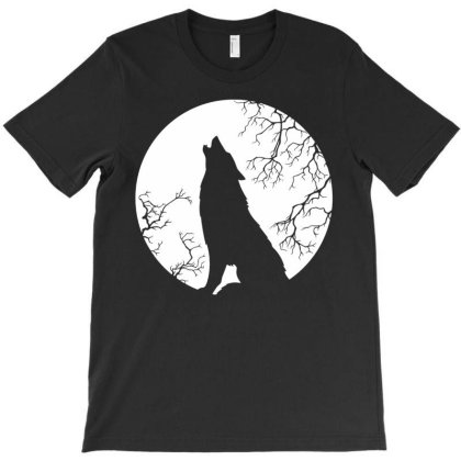 Werewolf Full Moon Howling T-shirt Designed By Lyly