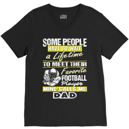 Football Player's Dad - Father's Day - Dad Shirts V-neck Tee Designed By Davidph