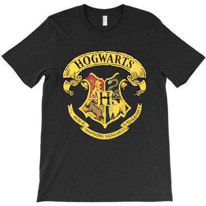 Hogwarts Coat Of Arms T-shirt Designed By Batikmadrim Art