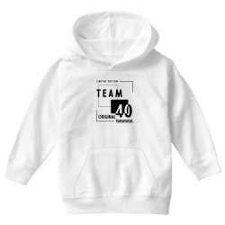 40 Year Old - 40th Birthday Funny Gift Youth Hoodie | Artistshot