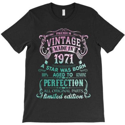 Vintage 1971 T-shirt Designed By 4905 Designer