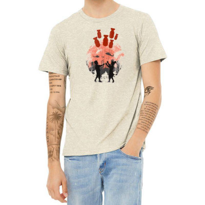 Love In The War Heather T-shirt Designed By Frendos