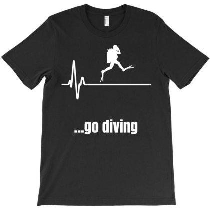 Scuba Diver Heartbeat T-shirt Designed By Ismi